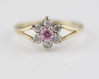 9ct Gold CZ Clear and Pink Cluster Ladies Ring Size UK M 1/2  and US 6.50