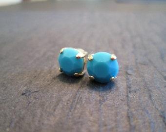 Turquoise Swarovski Crystal Stud Earrings/Blue Crystal Studs/Bridesmaid Jewelry/Swarovski Studs/ Turquoise Crystal Studs/ 8mm Studs