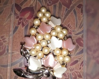 Pink Pearl Cluster Brooch By Charel