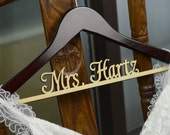 Personalized Rustic Wedding Dress Hanger, New-tech Bride Bridesmaid Wood Name Hanger, Custom Wedding Bridal Hanger, Bridal Shower Gift