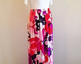 SALE!! Vintage Flower Power 1960s 1970s Maxi Skirt
