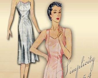 Simplicity 2154 1940s Slip Pattern Womans Lingerie with Princess Seams Two Bodice Options Bust 34 Inches