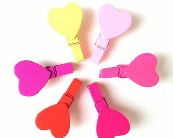 Set of 6 Mini Heart Clothespins