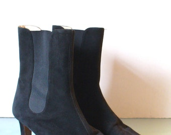 Manolo Blahnik Made in Italy Heeled Chelsea Boots Size 39 EU