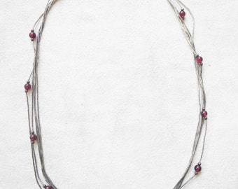90's minimal vintage silver metal 5 strand short necklace with glass beads.