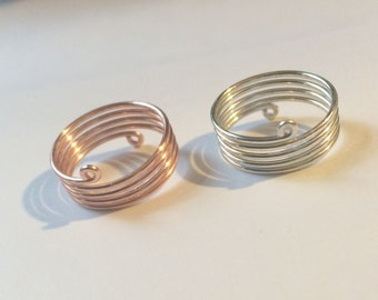 Barred Wire Thumb Ring