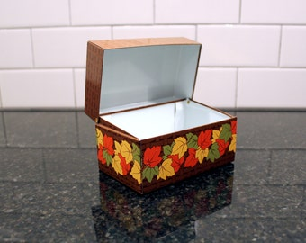 Taste of Autumn... Vintage Metal Recipe Box / File Card Box - Autumn Theme, Fall Leaves