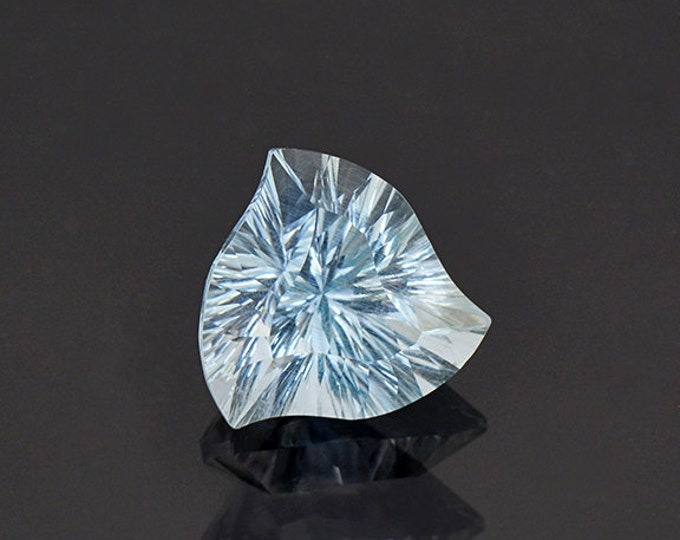 Concave Spinning Trillion Aquamarine Gemstone from Brazil 5.00 cts.