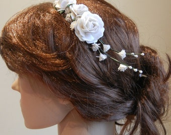 Flower Hair Comb, Wedding Hair Comb, Roses, Gypsophila, Bridal Hair Accessories, White Hair Comb, Bridal Headpiece, Vintage Hairpiece.