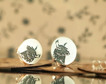 Earrings studs Lamas, Camel, Dromedary, Etched brushed sterling silver, Handcut, jewelry