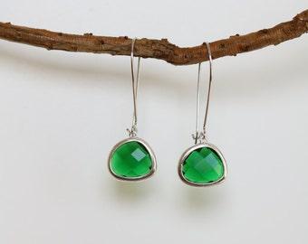 Emerald Earrings - Silver Dangle Earrings - Stone Earrings - Drop Earrings - Birthstone Earrings - Green Earrings  - Emerald Jewellery