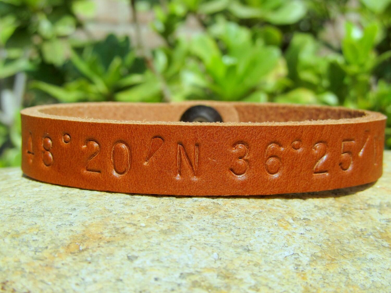longitude latitude leather custom coordinates bracelet cuff