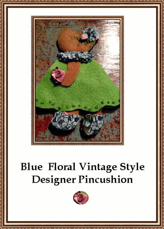 Lime Green Sun Bonnet Sue Vintage Pattren Pincushion Needle Holder