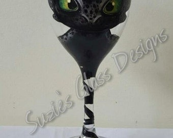 Hand Painted, Toothless from How to Train Your Dragon Design Wine Glass, Gift Idea, Unique.