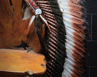 Y18 READY FOR HALLOWEEN . Medium three colors brown  , Feather Headdress ( 36inch long). Native American Style.