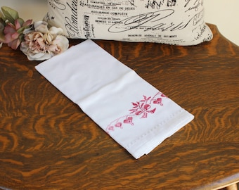 Vintage White Handtowel With Red Bleeding Hearts Cross Stitch/ Cotton Hand Towel / Embroidered Linens Home Decor / Bathroom Linens