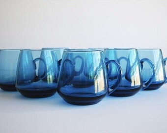 Vintage Blue Cups, s/8