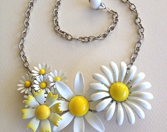 Daisy vintage flower necklace, floral, vintage, enamel, flowers, daisies, yellow, white, silver, statement necklace, repurposed, collage