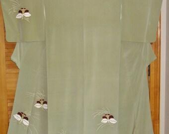 Kimono Orchids Vintage Japanese Silk Kimono Kinsai Cranes Pale Green Tea Silk Vintage Japanese Kimono Gold HiLited Orchid