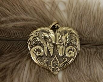 Two ravens Valentine bronze pendant necklace bird fantasy