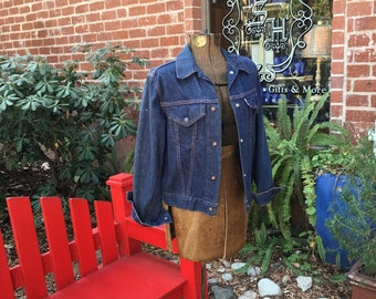 Big E Levis Denim Jacket--Levis For Gals--1970s Vintage Levi Jacket--Ladies Large