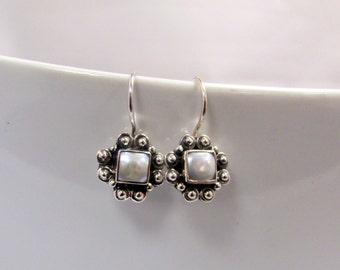 Fresh Water Pearl Silver Small Lightweight Dangle Earrings