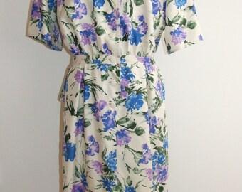 Vintage 1980s VALENTINO (MISS V) Silk Floral Print Dress with Peplum - Size 12