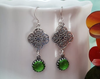 Green Earrings, Antique Silver Earrings, Round Glass Drops, Green Bridesmaid, Woodland Earrings, Forest Green, Anniversary Gift, Prom, E3001