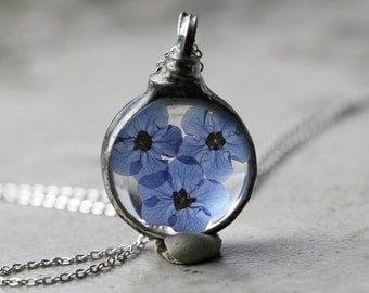 Forget Me Not Necklace Botanical Jewelry Bridesmaid Gift Soldered Glass Pendant Real Flower Terrarium Flower Spring Natural Jewelry Rustic