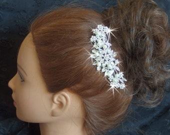 Wedding Hair Comb, Crystal bridal hair comb, Brides, wedding accessories, bridal accessories, rhinestone hair comb with Pearls, Haircomb