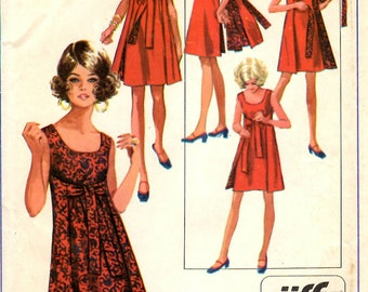 Simplicity 8125 Misses Jiffy Reversible Dresses Sewing Pattern