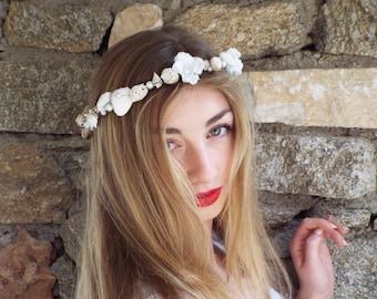 Beach wedding crown, Sea shell headband,White bridal headpiece, Pearl hair wreath