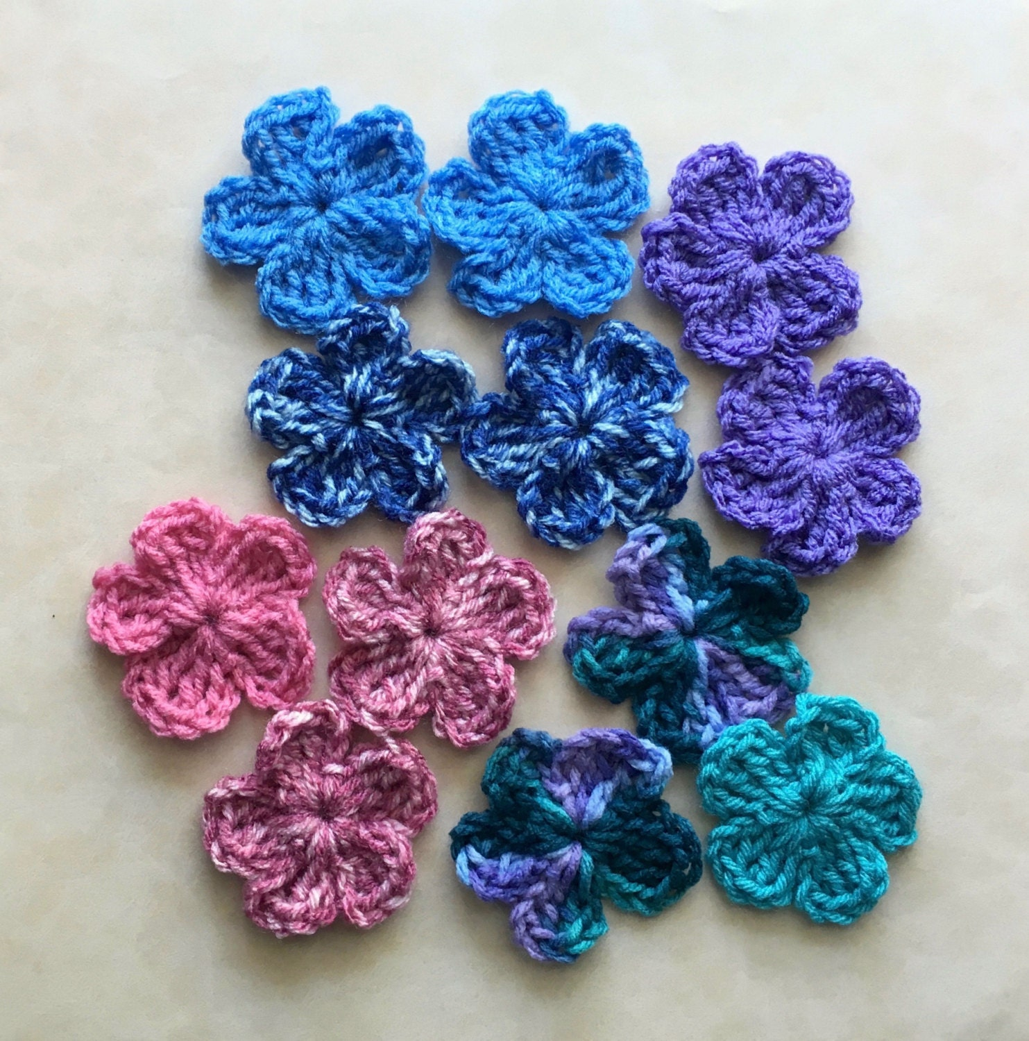 Crochet flowers flower appliques for embellishment 2 for Small flowers for crafts