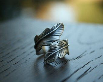 Sterling Silver Leaf Ring, Feather Ring, Nature Ring, Bypass Ring, Crossover Ring, Silver Statement Ring, Wide Silver Ring, Nature Inspired