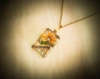 "Steampunk pendant ""Violet"""