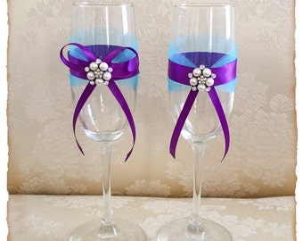 Turquoise and Purple Wedding Champagne Flutes Bride and Groom Wedding Glasses Wedding Toasting Glasses Toasting Flutes Bridal Shower Gift