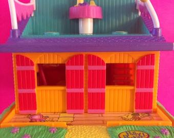 Polly Pocket Barn