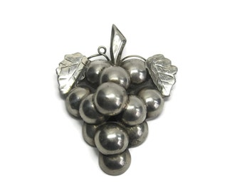 Large Vintage Mexican Sterling Dimensional Grape Brooch
