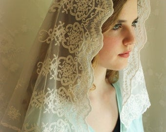 Evintage Veils~ Our Lady of Angels** Vintage Inspired Lace Chapel Veil Mantilla Classic D Shaped Veil