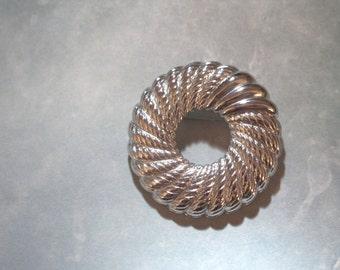 Vintage Monet Brooch Monet Pin Silver Monet Wreath Brooch Vintage Wreath Pin MONET Circle Brooch Circle Pin Monet Scarf Pin Moet Lapel Pin