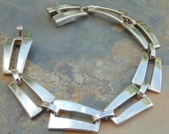 Bernice Goodspeed ~ Vintage Mexican Sterling Silver Link Bracelet