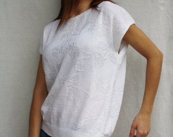 Vintage sweater white women's sweater  rose pattern knitted top women's sweater sleeveless summer sweater size M