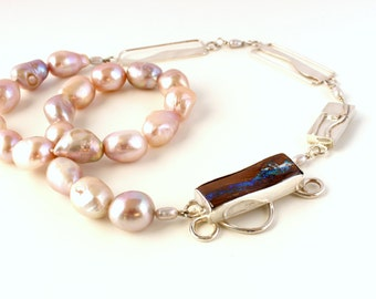 Necklace of Baroque pearls and opal
