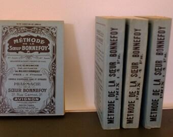 Old recipe book wellness, pharmacy Bonnefoy, Avignon, France