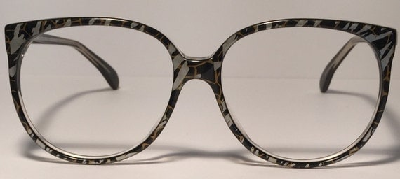 Vintage eyewear. Made in New Zealand. by EyerayVintageSpecs