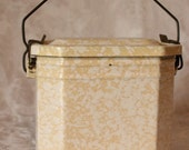 Vintage French Enamel Lunch Box. Yellow and white French panier-repas.