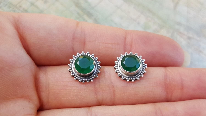 Genuine Emerald Stud Earrings Sterling Silver Flower. Titanium Platinum. Rubber Band Bracelet. Princess Pearls. Brand Bands. Pink Bracelet. Bangle Bracelet Watch. Ocean Watches. Leg Bracelet