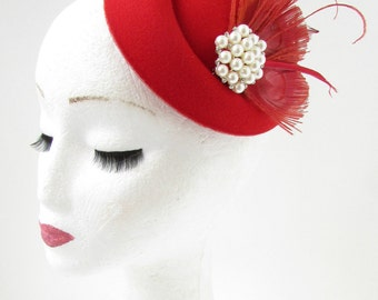 Red Ivory Feather Pearl Pillbox Hat Fascinator Vintage Headpiece 1940s Races B64