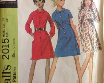 McCalls 2015 - 1960s Misses Mini Dress with Pointed Collar and Button Front - Size 14 Bust 36