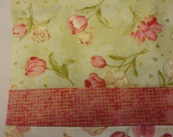 Pillowcase with tulips